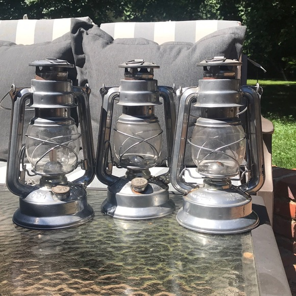 Outdoor/indoor lantern and candle holder